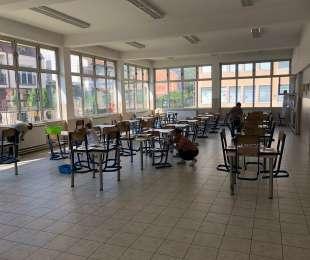 Професионално и длабинско чистење на кујните во основните училишта...